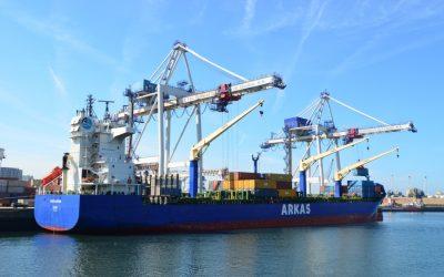 Tarros e Arkas escalam no Porto de Leixões com o serviço Great Pendulum