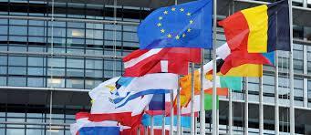 Bruxelas quer que navios paguem taxa de resíduos indirecta