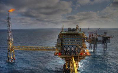 Em Angola metade dos combustíveis está armazenada no mar