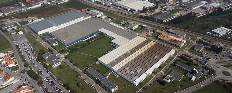 Fábrica da Renault em Cacia assinala marco histórico