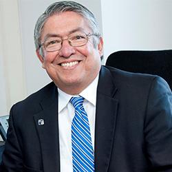 Luis Solís
