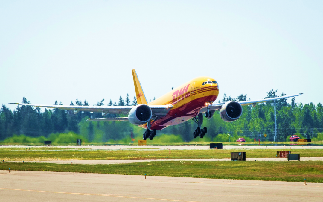 DHL aposta em novos aviões Boeing 777 Freighters