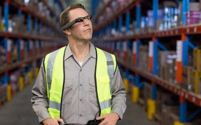 Qual a importância da integração de smart glasses nas empresas?
