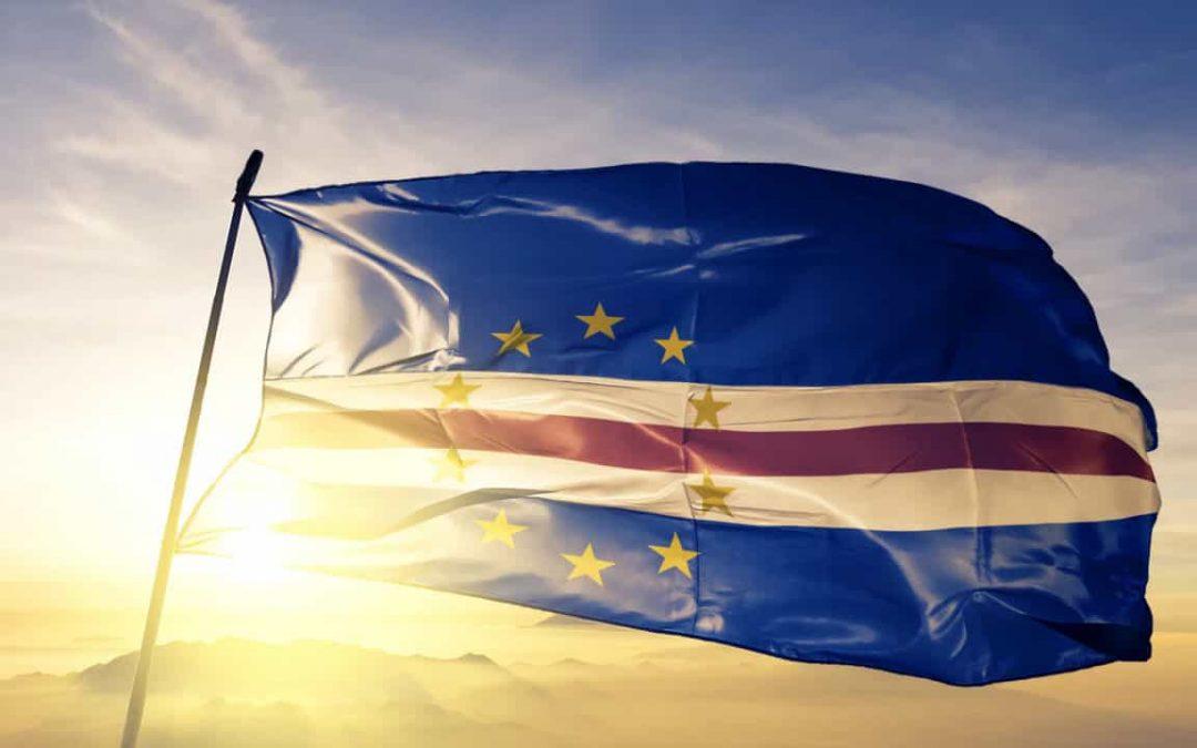 Cabo Verde quer atrair investimento chinês no sector marítimo e portuário