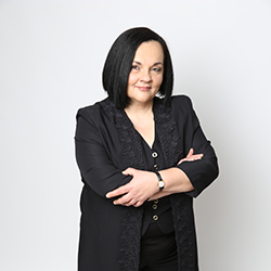 Laura Raposo