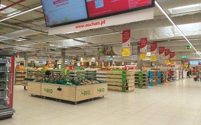 Auchan Retail assina parceria estratégica com a Glovo