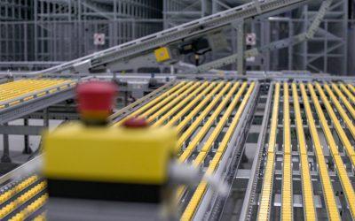Armazém automático do novo centro logístico da Tiffosi fornecido pela SSI Schaefer