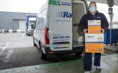 Rangel entrega primeiro lote de vacinas para a COVID-19
