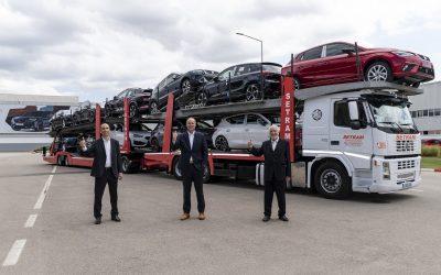 SEAT e SETRAM lançam o primeiro megatruck para transporte de veículos em Espanha
